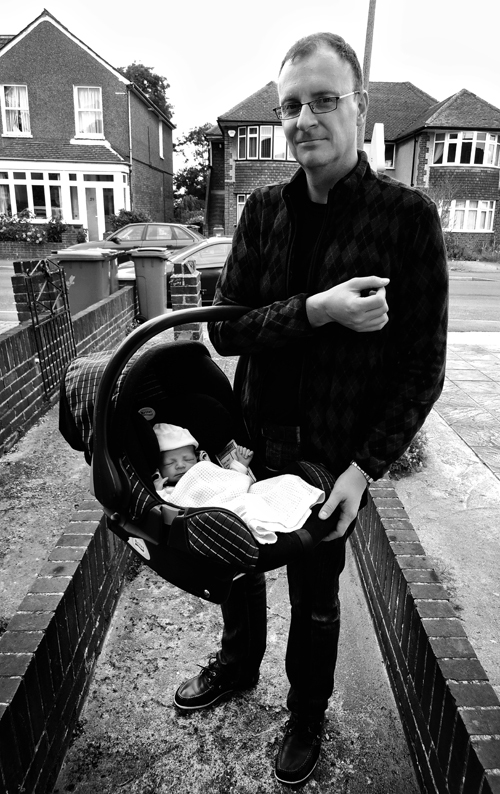 baby worcester-park england mia