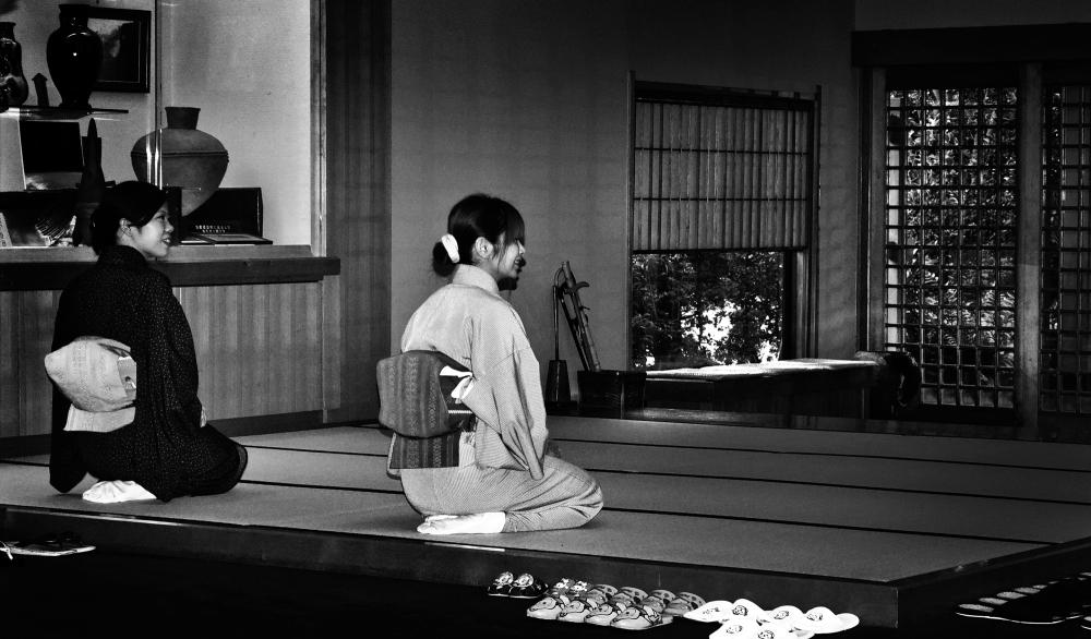 kagoshima ibusuki kyushu japan ryokan genkan