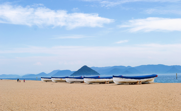 tamano okayama japan beach boat sea seto-naikai