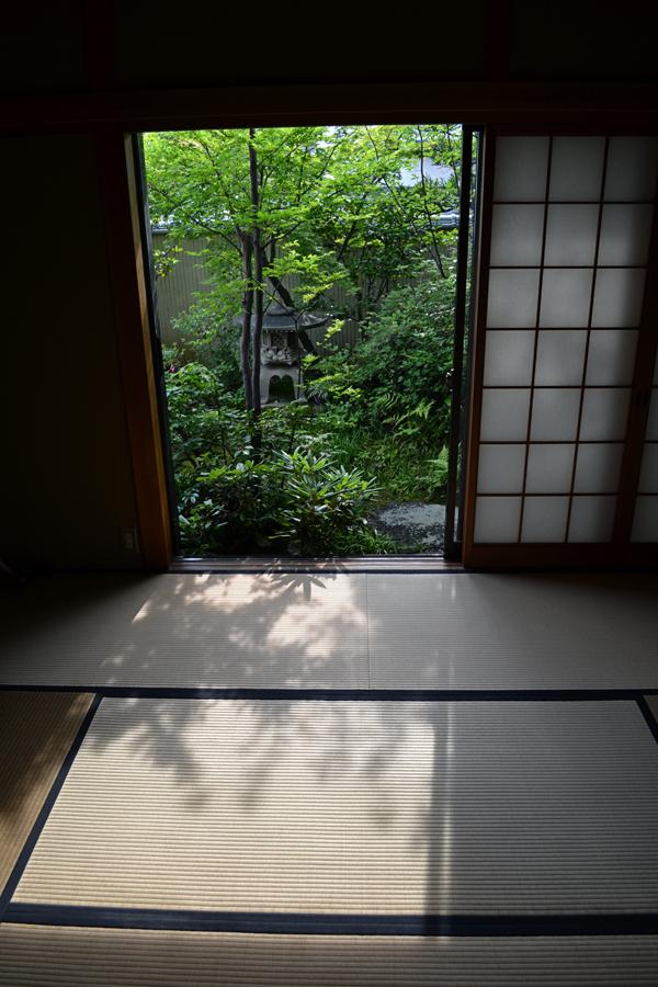 okayama japan tatami house lantern tree shoji