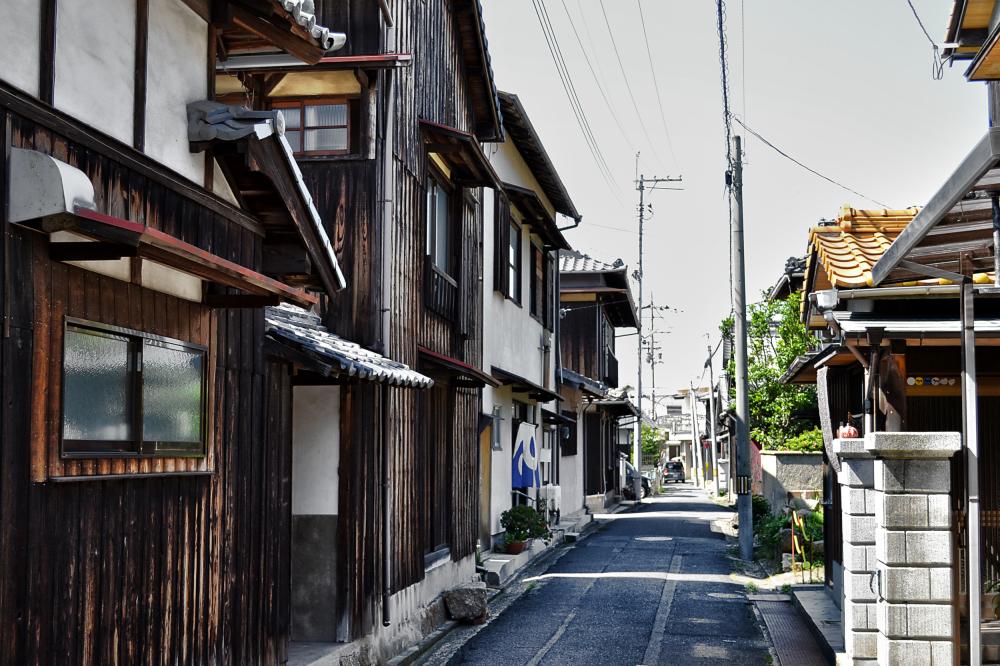 japan kagawa naoshima house street