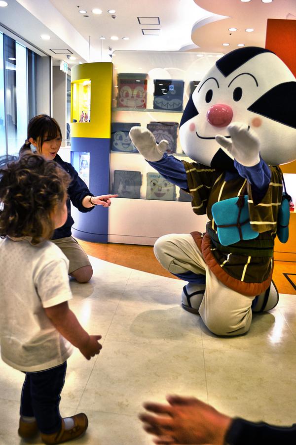 anpanman-museum kobe japan anpanman mia omusubiman