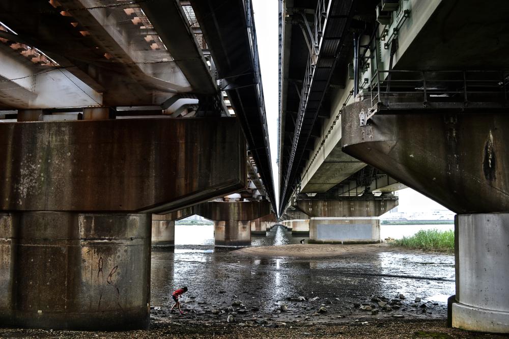 osaka umeda japan yodogawa river bridge