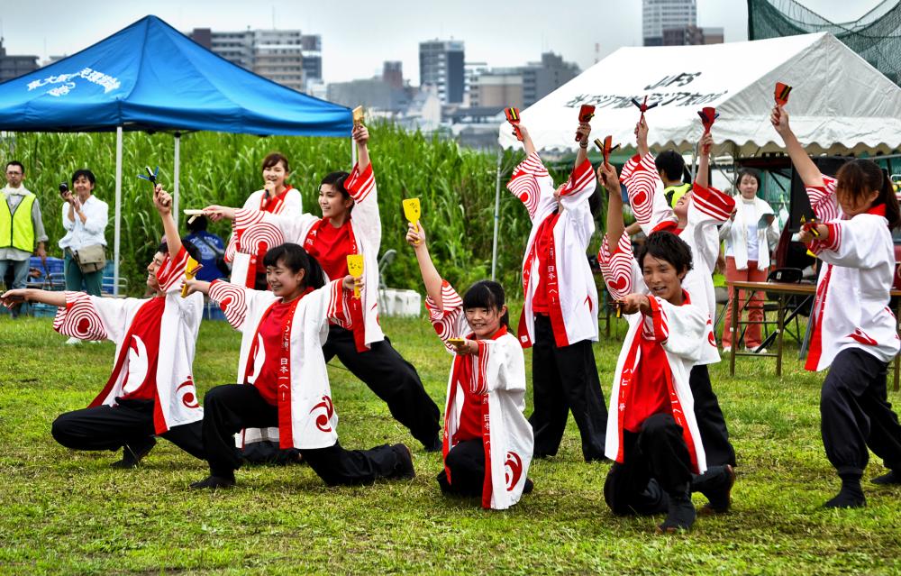 osaka umeda japan yodogawa dance yosakoi