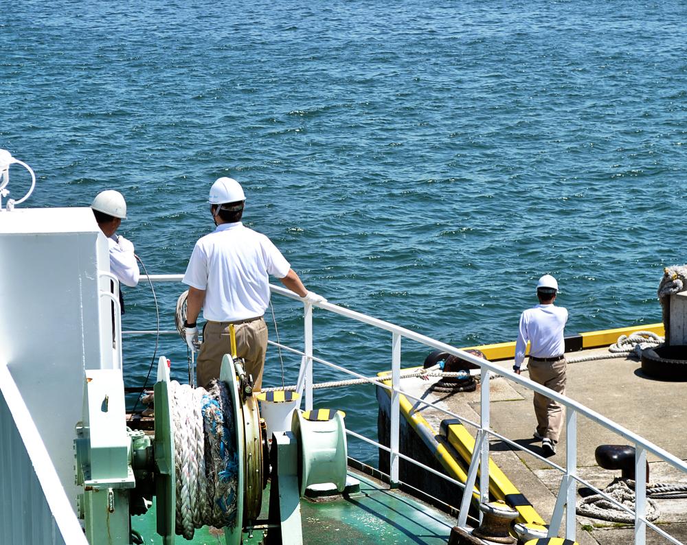 ferry marugame shikoku japan seto-naikai