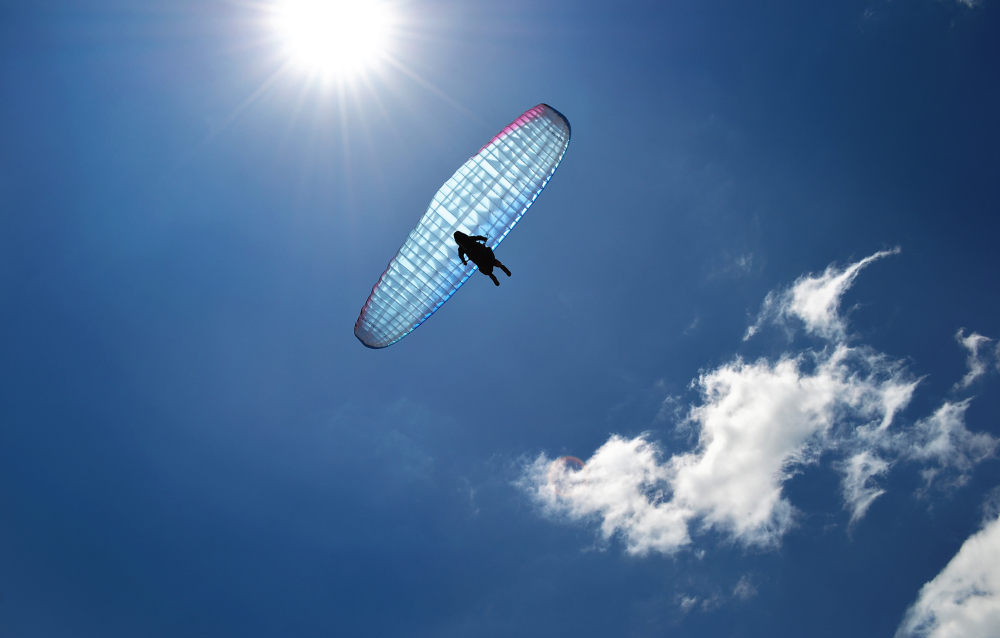okayama tamano japan beach shibukawa paraglider