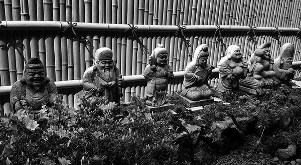 tokushima shikoku japan onsen shichifukujin statue