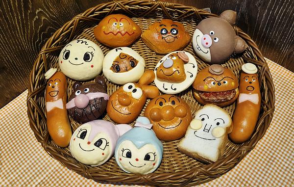 anpanman-museum kobe japan anpanman bakery bread