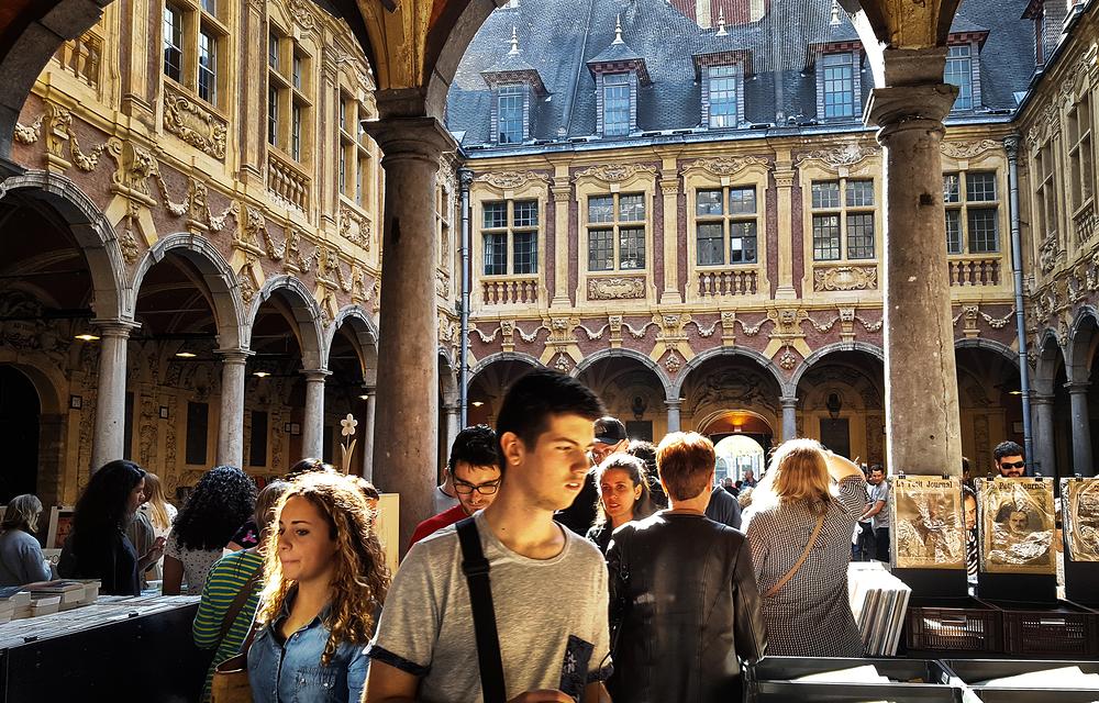 france lille courtyard market