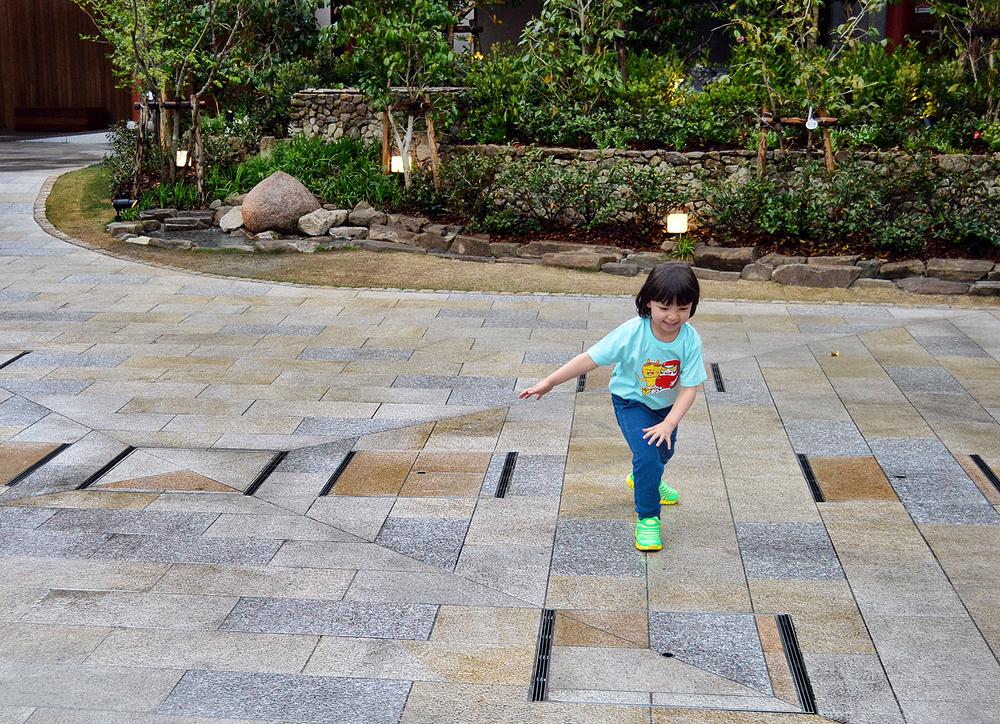 matsuyama japan shikoku garden fountain mia
