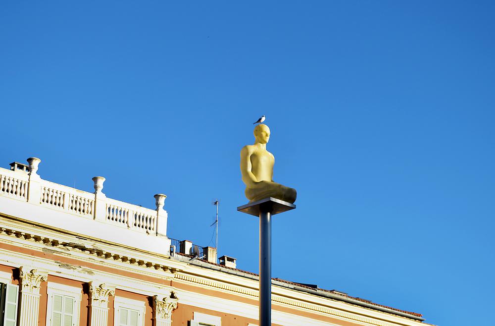 nice france statue bird