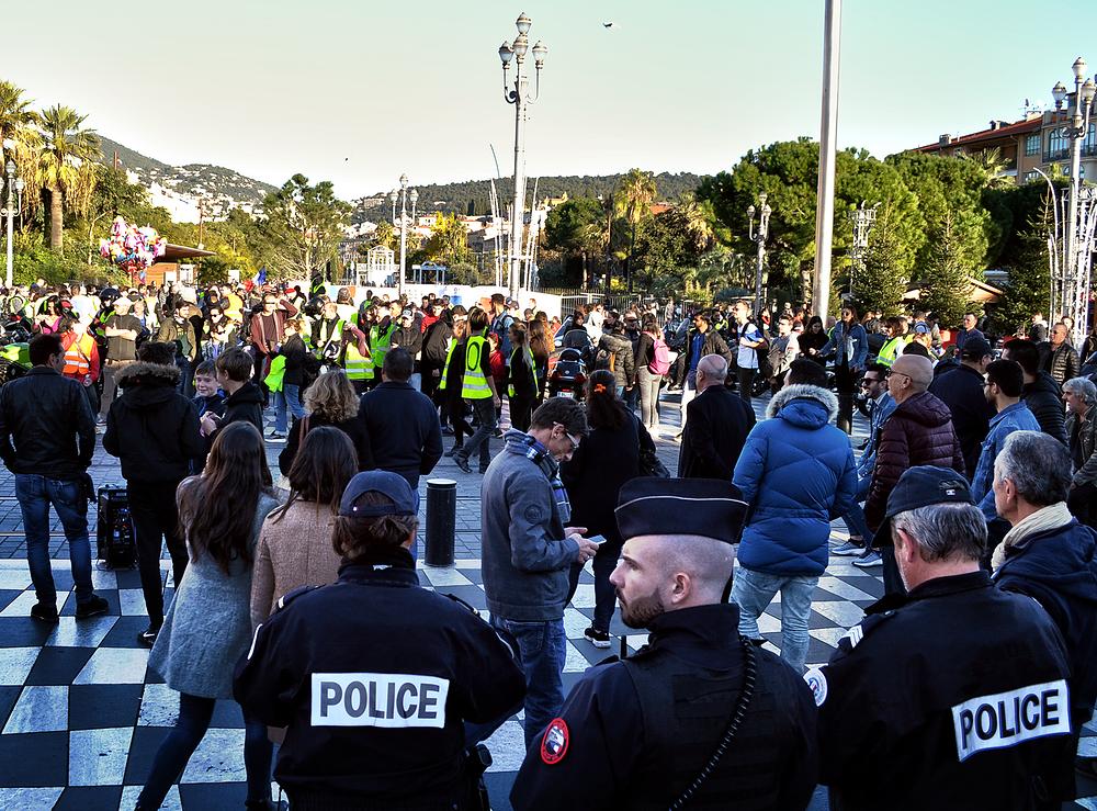 nice france street police protest