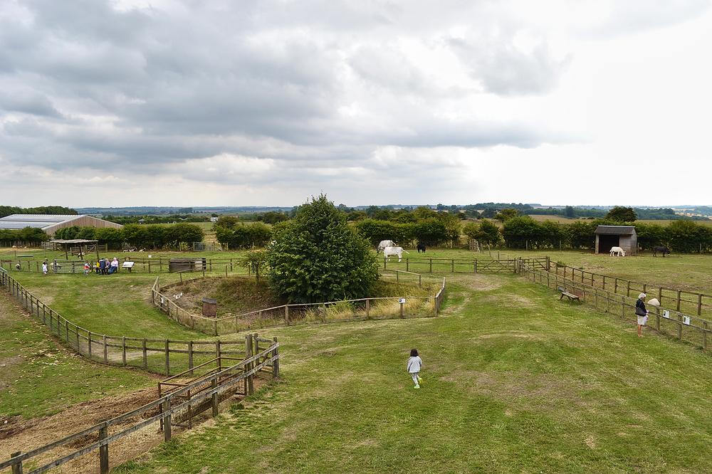 cotswolds england cotswolds-farm-park farm