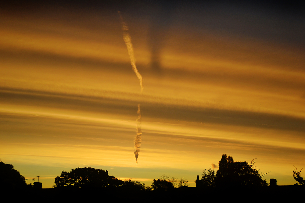 sunrise worcester-park london england