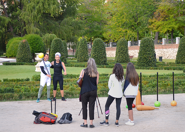 madrid spain park parque-de-el-retiro