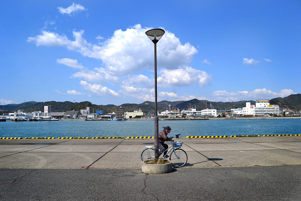 uno okayama japan seto-naikai sea bicycle