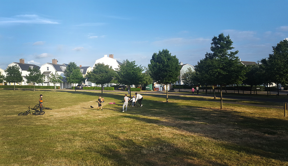 england lockdown worcester-park park hamptons