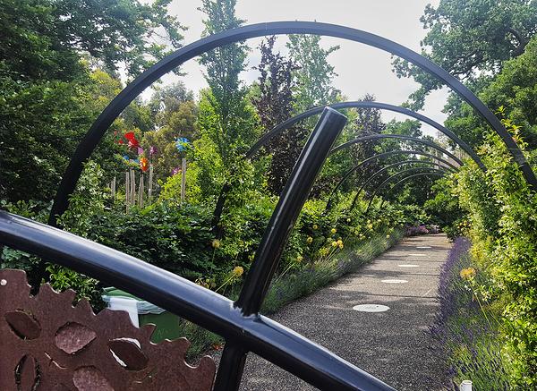 england lockdown kew-gardens london