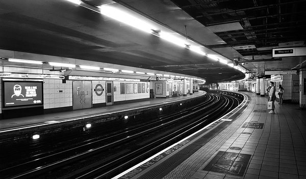london england subway tube