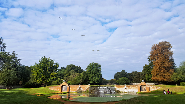 bushey-park england park water-garden