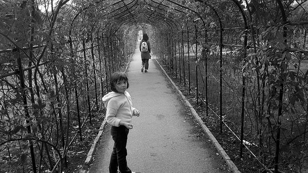 nonsuch-park garden england mia mayumi