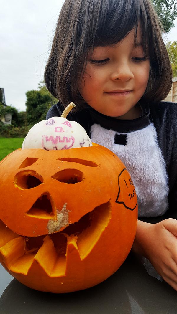 worcester-park england mia halloween pumpkin