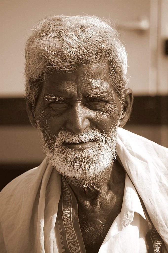 Old man at the top of Thiruttani