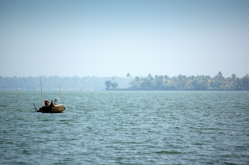 Bright sunny day on the backwaters...