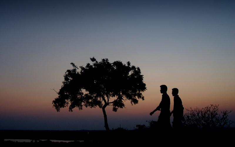 A walk across the twilight hues @ Mahabalipuram