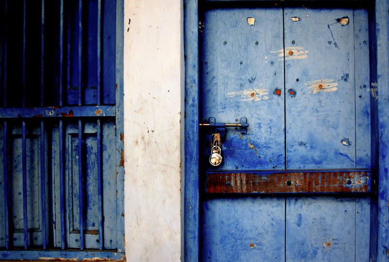 Blue Door and the Ekambareshwarar