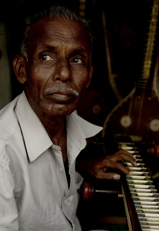 Mani, the Veena maker!