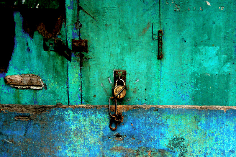 All locked up in shades of Turquoise