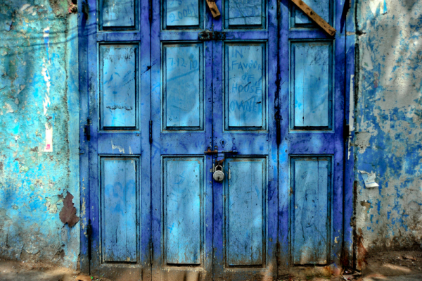 The blue door with a message!