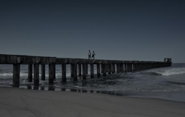 Cloudy noon at the broken pier