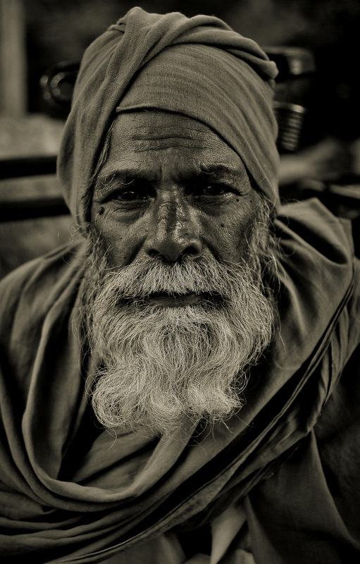 Many stories through his eyes