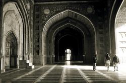 Walk on the Mughalian Corridors