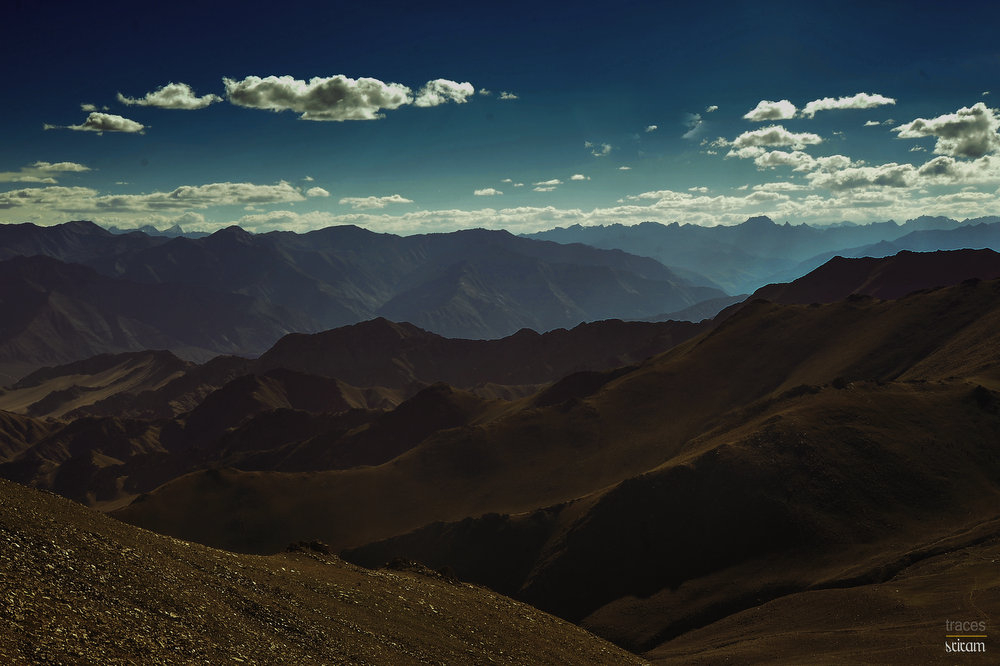 Descending from Khardung La