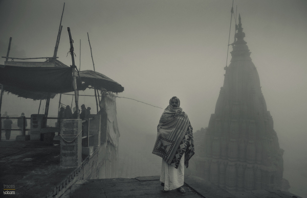 Walking through the foggy ghats