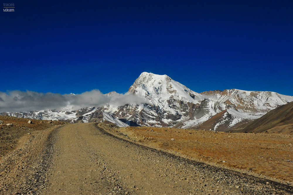 On the way to Gurudongmar