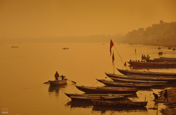 Sailing across the golden Ganges