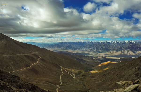 On the Zorro laid roads of the Himalayas