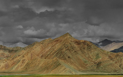 Amazing terrain of Nyoma