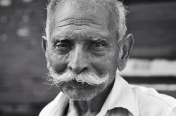 Moustache always!