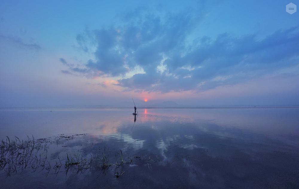 Mesmerizing reflections