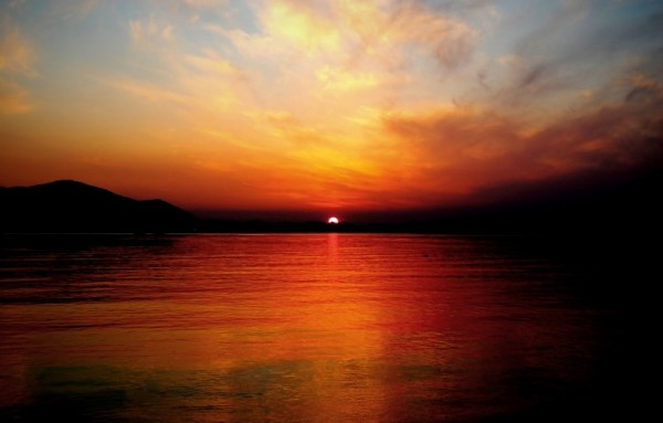 sunset ocean beach sea color sky cloud clouds sun