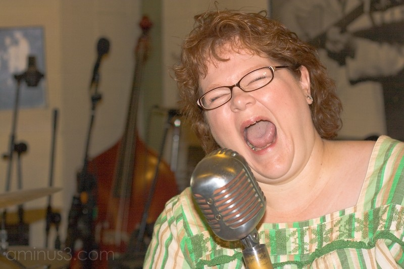 Singing or Screaming ... You decide