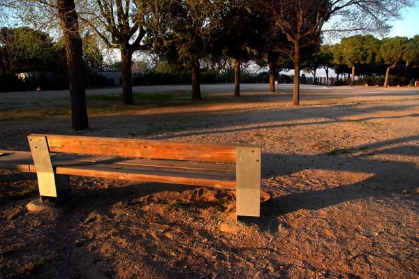 barcelona bench