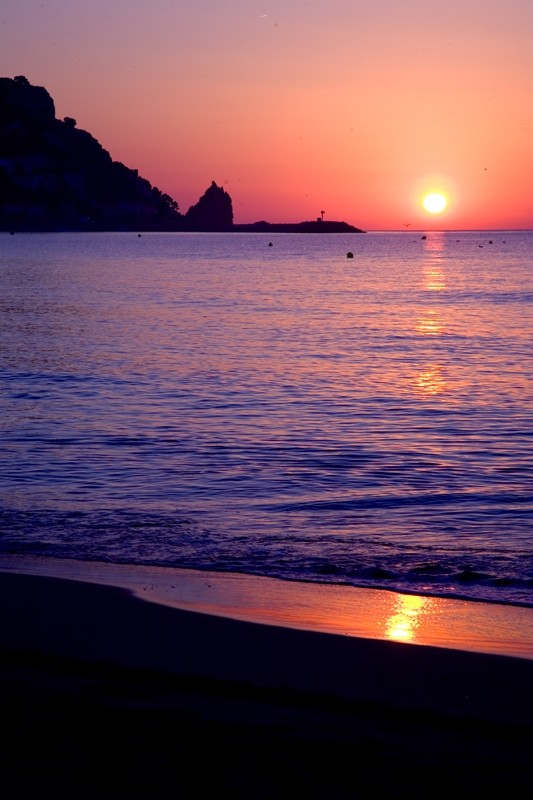 Sunrise at Estarit