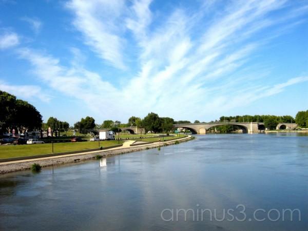 Sur le pont d'Avignon