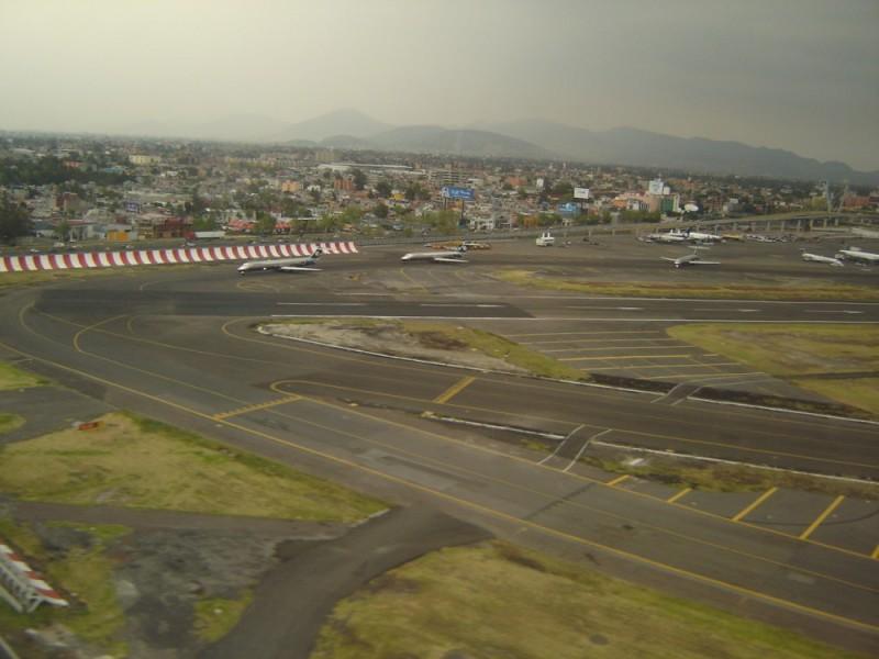 el aeropuerto en méxico d.f.